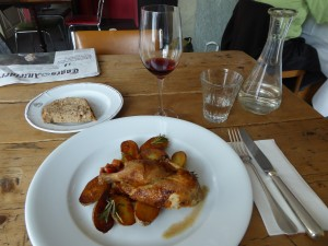 Poulet mit Gemüse Restaurant Piz Linard