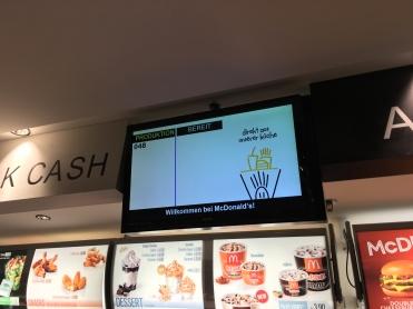 Abholschalter McDonald's Bahnhof Bern